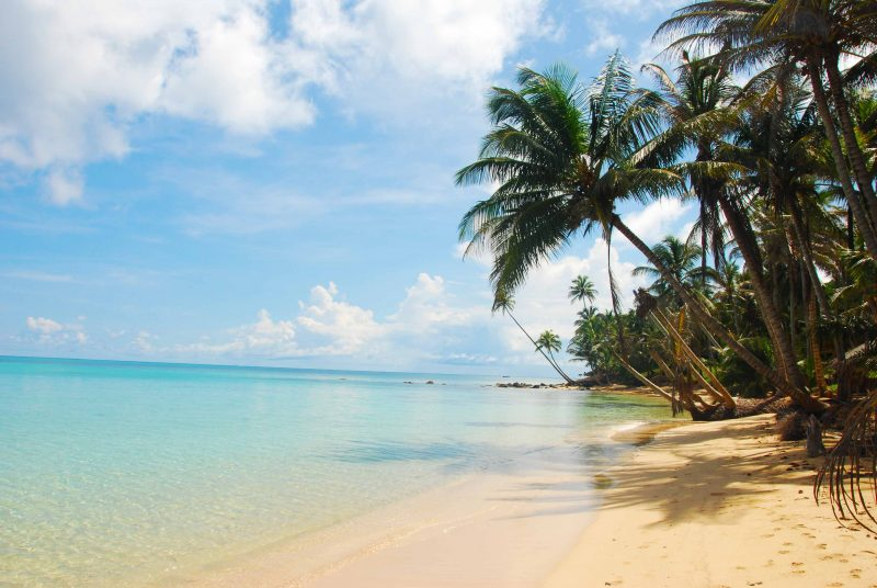 best beaches on little corn island