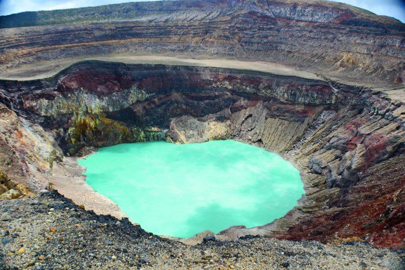 Santa Ana volcano crater lake