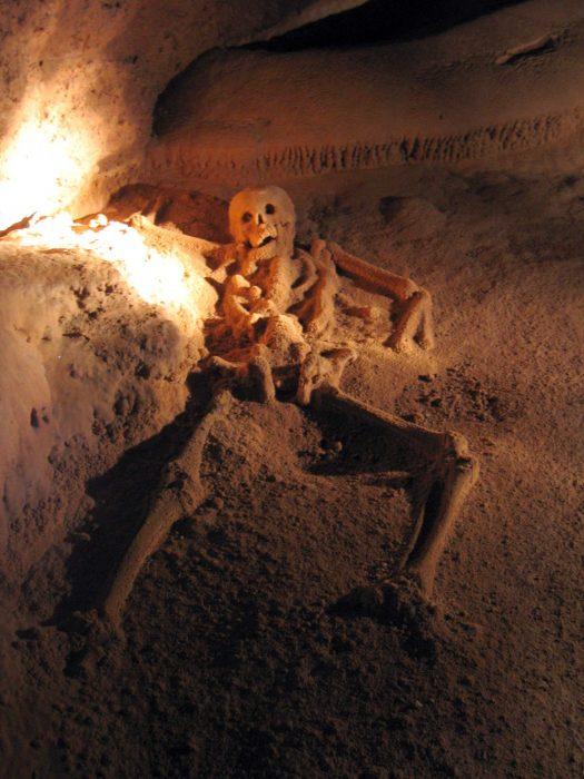 skeleton remains in atm caves belize