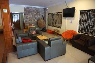 envoy hostel phnom penh review