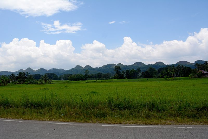 chocolate hills travel guide