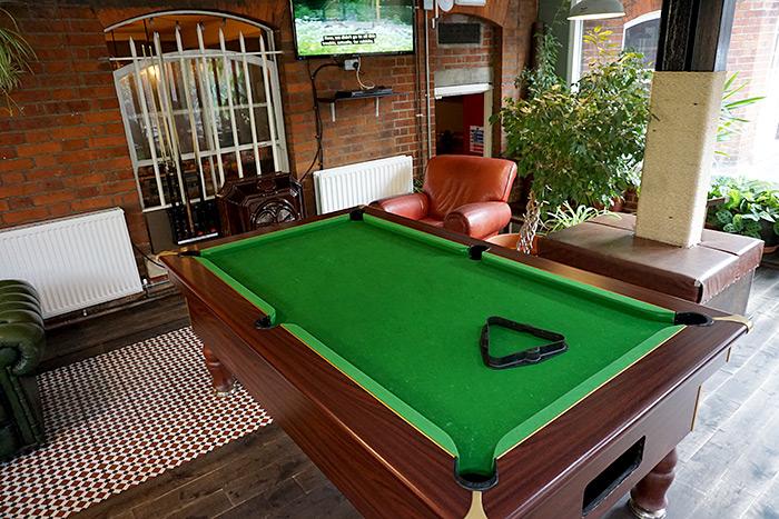 palmers lodge pool table